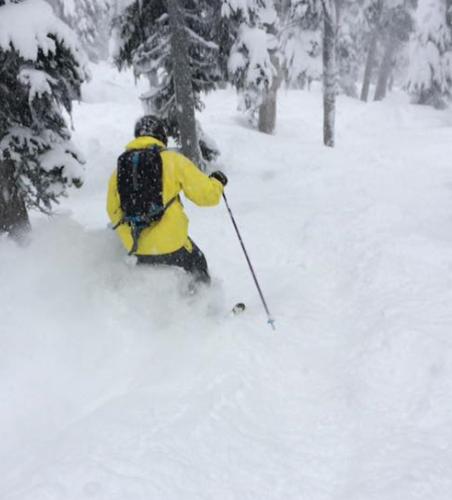Tom Dickens ski